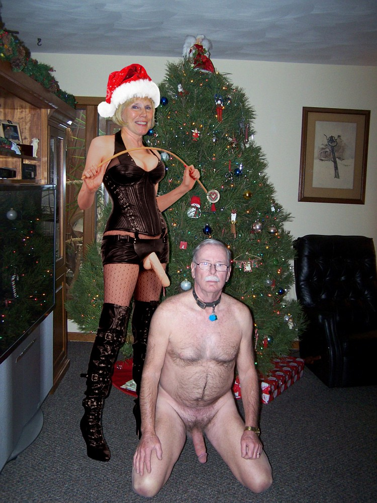 Mistress Shelley getting ready to give me my Christmas present